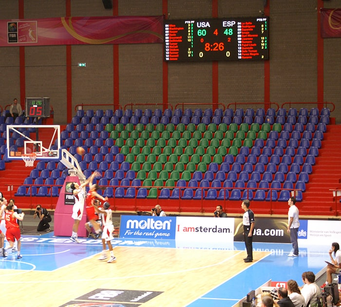 basketbal wedstrijd op indoor led display